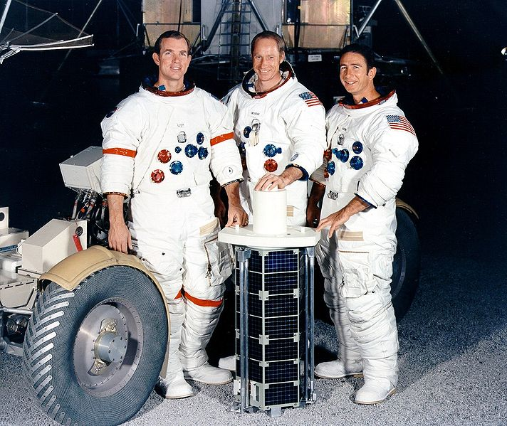 http://nixontapes.org/images/Apollo_15_crew.jpg